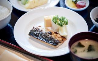 2. 日本食の用意もございます